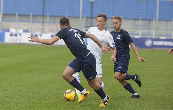 Zenit-2 lose out to Leningradets in a friendly