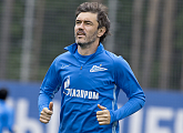Yuri Zhirkov signs a new contract with Zenit